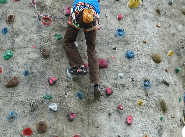 Kids Can Scale Big Ben or the Empire State Building at ClimbZone