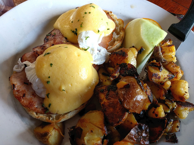 Dig Into Brunch This Weekend at By the Docks Seafood Restaurant